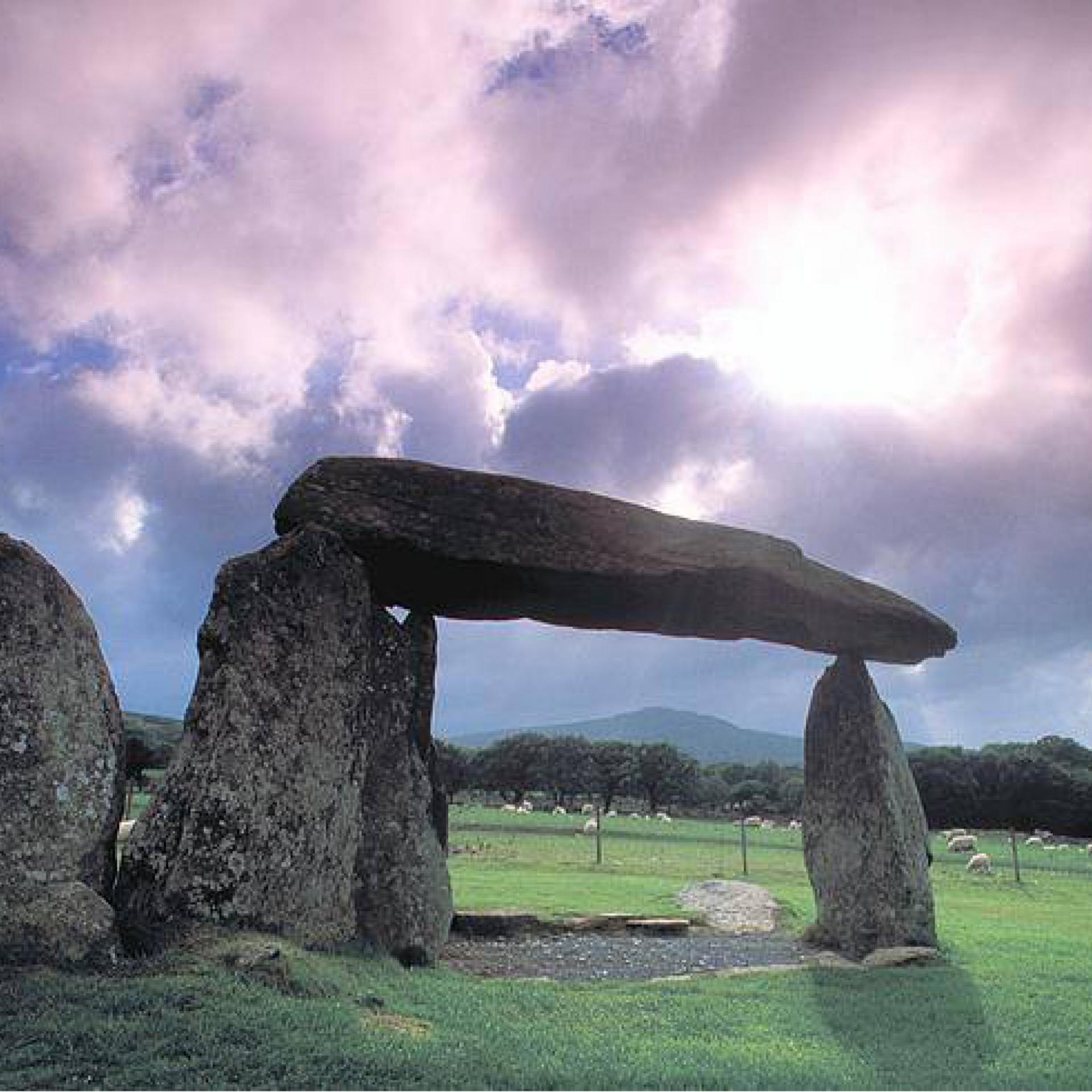 L'uso rituale delle pietre dal Dolmen alla Cristalloterapia